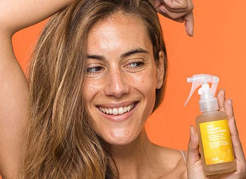 Spray para el pelo encrespado
