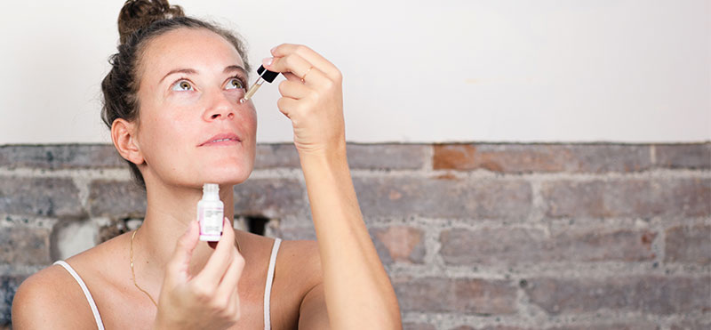 morning-routines-natural-cosmetics-Freshly