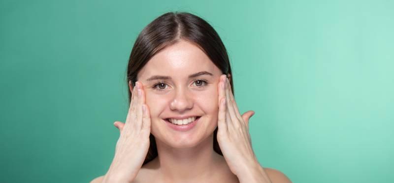 Consejos fáciles para cuidar la piel joven