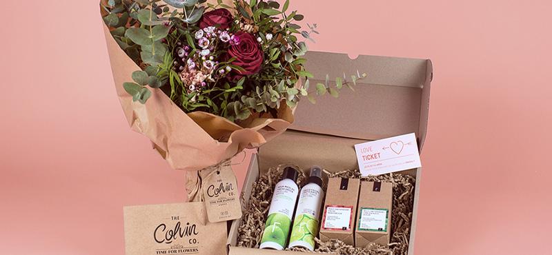 Este San Valentín regalamos 10 LOVE TICKETS con un ramo de flores Colvin&Co