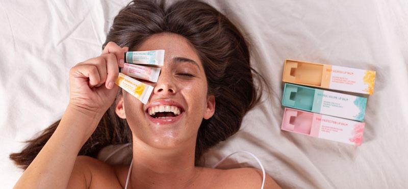 Los bálsamos labiales naturales perfectos para el cuidado de labios más efectivo y saludable