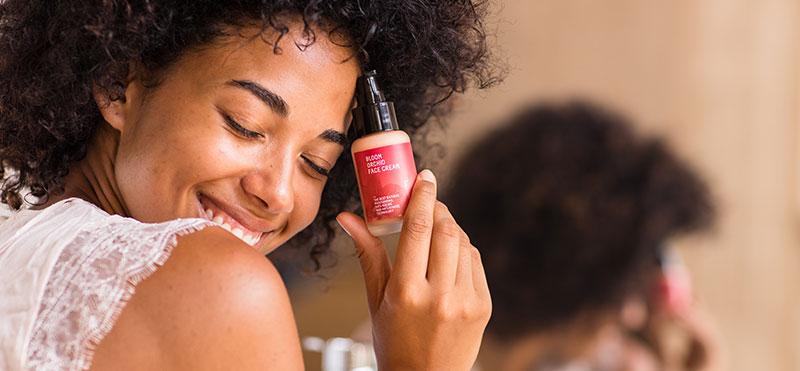 ¿Conoces hasta qué punto la contaminación puede afectar a tu piel?