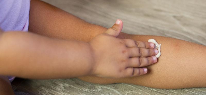 Guía sobre la crema solar en niños: 10 consejos a tener en cuenta