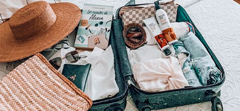 How to save space in your suitcase to travel with your Freshly products?